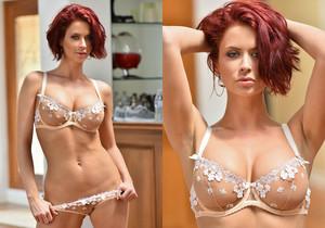 Emily - Oh So Sexy - FTV Milfs
