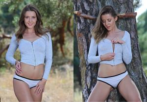 Nude In Nature - Davina E. - Femjoy