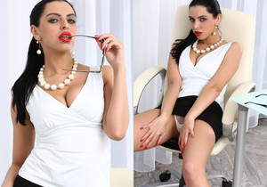 Kira Queen - Smart, sexy and horny