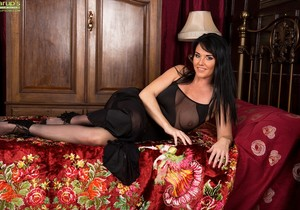 Danielle Leah Raven - Karup's Older Women