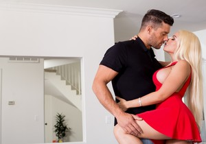 Luna Star - Surprise, He's All Yours - Mile High Media