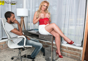 Penelope Star - Penelope takes a young BBC up her ass