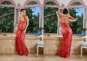 Cindy Starfall - InTheCrack