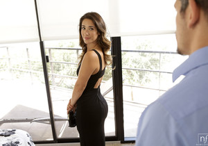 Bambino, Eva Lovia - Little Black Dress - S26:E12