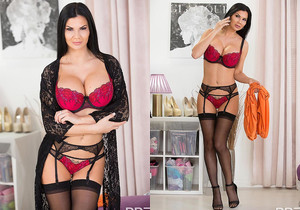 Jasmine Jae - Bombastic Boobs Jizzed On!