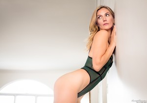 Mona Wales - Mona's Secret Affair - Mile High Media