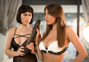 Anissa Kate, Olive Glass - Fetish Model Catfight