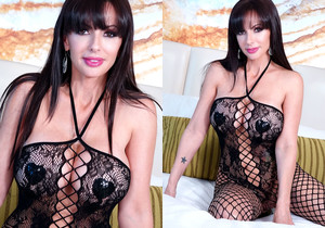 Catalina Cruz wants to feed you her juicy and large breasts