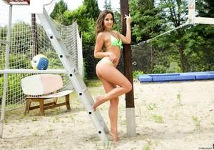 Amirah Adara - Balls Deep - 21Sextury