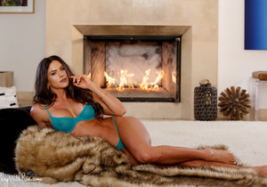 Sex By The Fire - Aspen Rae