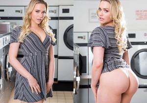 Mia Malkova, horny in the laundrette - Private
