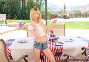 Kenzie Reeves - Labor Day Hideaway - Passion HD
