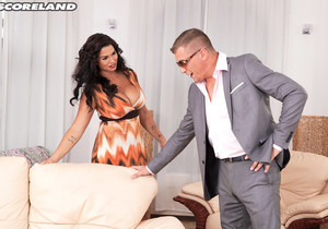Chloe Lamoure Seals The Deal - ScoreLand