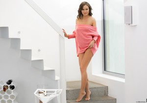 Tina Kay - Gloomy Morning Warm Hugs - 21Naturals