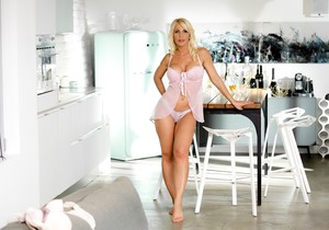 Tiffany Rousso - The Perfect Fantasy - 21Naturals