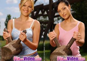 Dirty Lesbians Roxanne & Sally