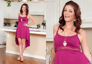 Alicia Silver - Freaky House Wife
