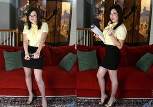 Lola Lynn - Horny Secretary