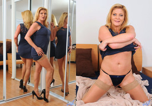 Ginger Lynn - Bedroom Fingers
