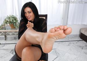 Angelica Raven Ass Eating Footjob