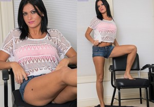 Nadia Capri - Karup's Hometown Amateurs