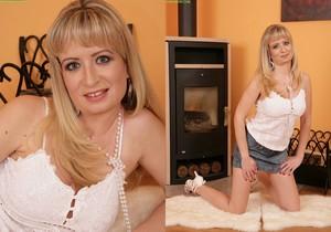 Samantha Marty - Karup's Older Women