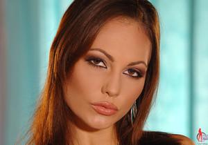Jennifer Max - 1by-day