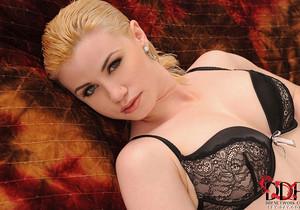Shannon Reid - 1by-day