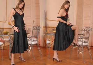 Kyla Fox - Hot Legs and Feet