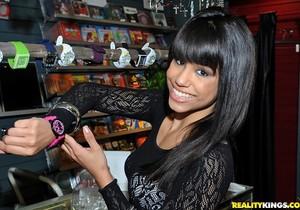 Jessie Marie - Man Eater - 8th Street Latinas