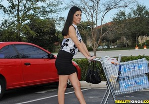 Krystal - Heart Shaped Box - 8th Street Latinas