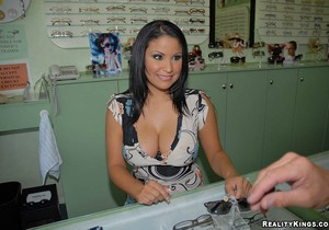Sophia - Mamalona - 8th Street Latinas