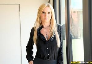 Brooke Tyler - Boner Bonus - Big Tits Boss