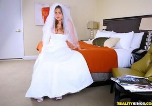 Alanah Rae - What A Wedding - Big Tits Boss