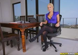 Mariah Madysinn - Breast Side Story - Big Tits Boss