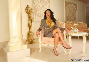 Persia Pele - Pretty Persia - Big Tits Boss