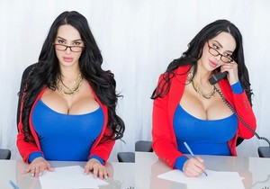 Amy Anderssen - Voluptuous Amy - CFNM Secret