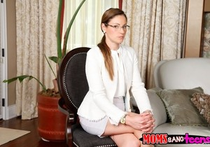 Samantha Ryan, Ava Hardy - Getting Hardy - Moms Bang Teens