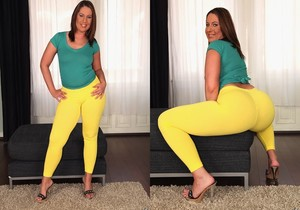 Susanna White - Bouncing Ass - Monster Curves