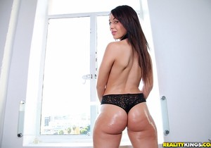 Natalie Nunez - Naughty Ass - Monster Curves