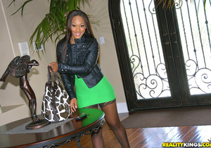 Leilani Leeane - Butt Love - Round And Brown