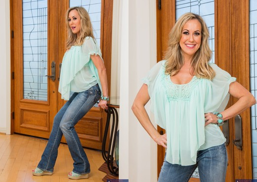 Brandi Love - My Friend's Hot Mom - MILF Nude Gallery