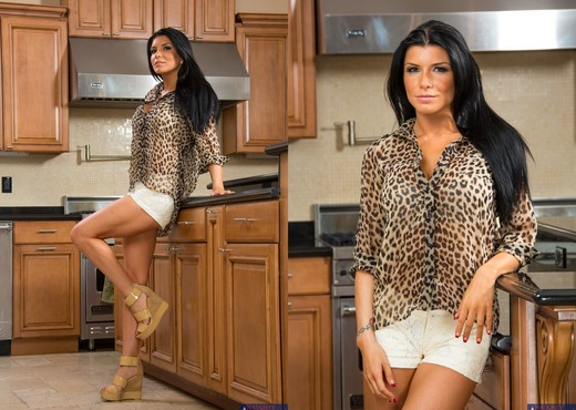 Romi Rain - I Have a Wife - Hardcore Image Gallery
