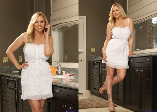 Julia Ann - Seduced By A Cougar - MILF Image Gallery