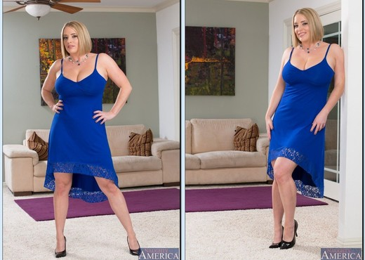 Maggie Green - My Friend's Hot Mom - MILF HD Gallery