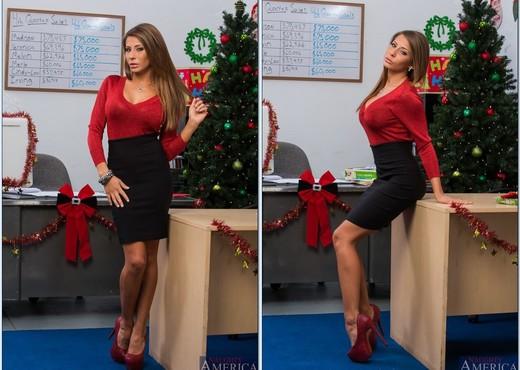 Madison Ivy - Naughty Office - Hardcore Sexy Photo Gallery