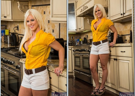 Kaylee Brookshire - Housewife 1 on 1 - MILF Image Gallery