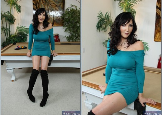 Diana Prince - My Friend's Hot Mom - MILF HD Gallery