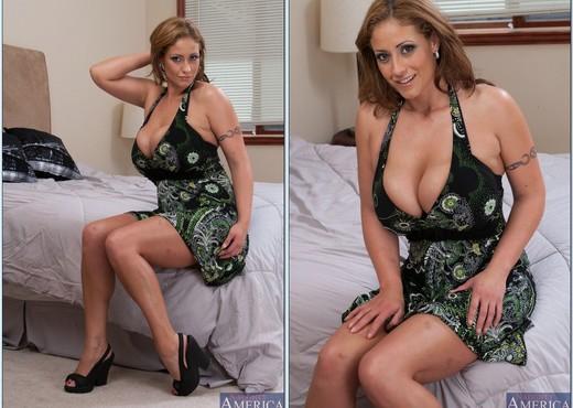 Eva Notty - My Friend's Hot Mom - MILF Image Gallery