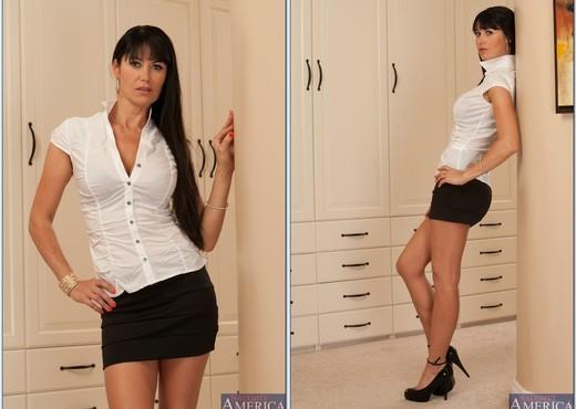 Eva Karera - Housewife 1 on 1 - Anal Image Gallery